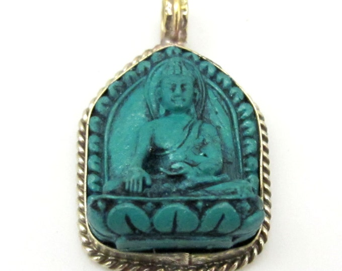 Small size Green color Tibetan Buddha pendant from Nepal - 1 pendant - PS005B