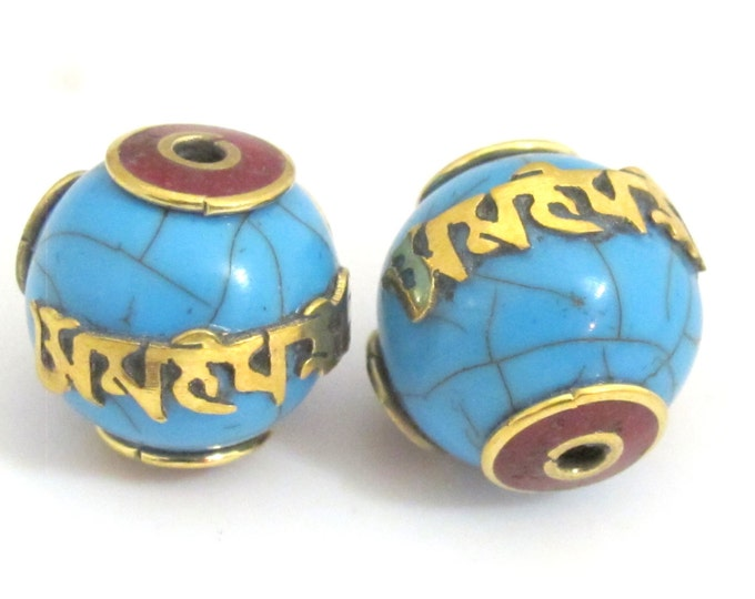 2 Beads - Tibetan beads blue crackle resin Om mantra bead with brass and coral inlay  -  Nepal beads shop - BD697
