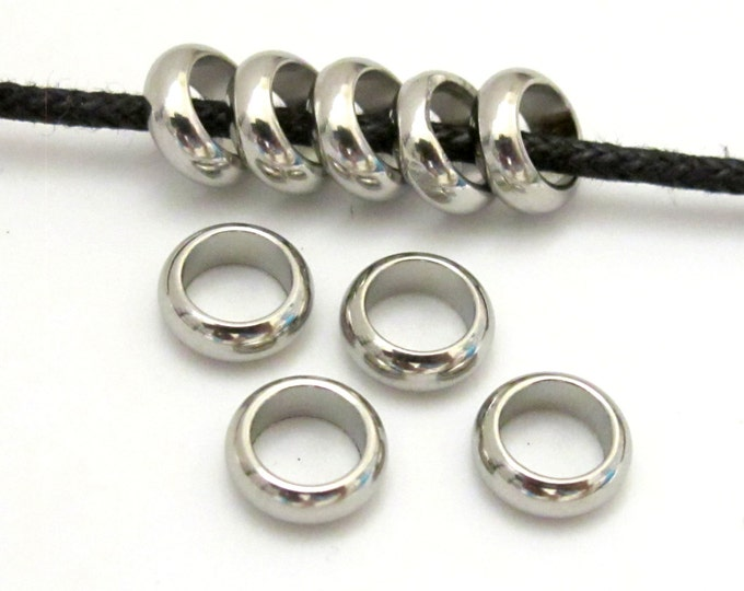 10 Beads - Stainless steel donut beads 8 mm wide - BD640