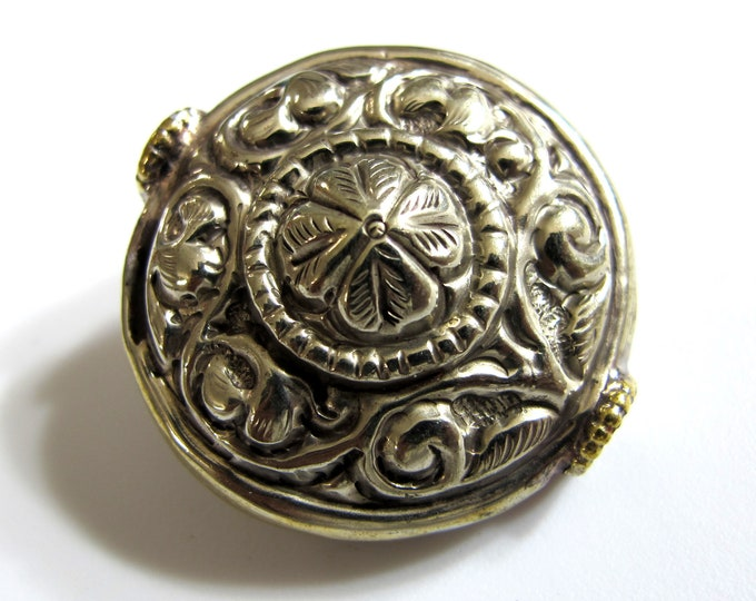 1 Bead - Large size Tibetan antiqued silver color finish repousse flower  design focal bead wheel shape bead tibetan beads nepal-  BD170