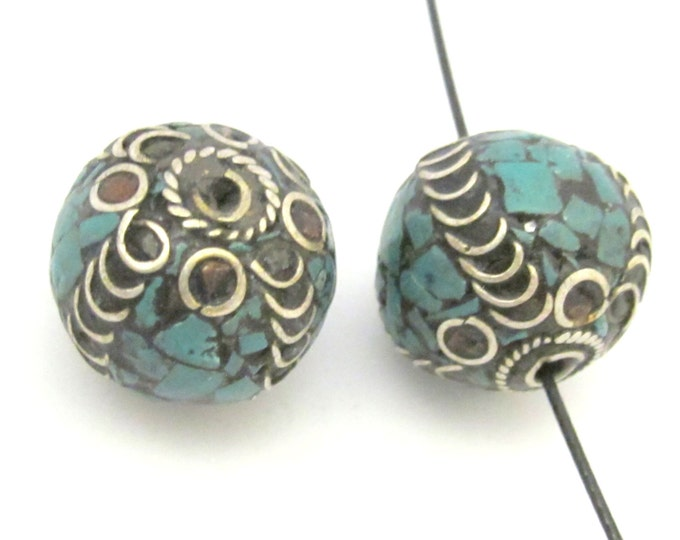 1 Bead - Large 20 mm size nepalese brass bead with turquoise mosaic inlay - BD633