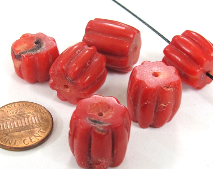 8 Beads - Red color bamboo coral carved drum shape beads - GM032K
