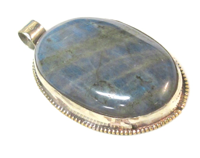 1 Pendant - Long oval shape Tibetan Nepal flashy Labradorite gemstone pendant with lotus flower carving on other side - PM599TC