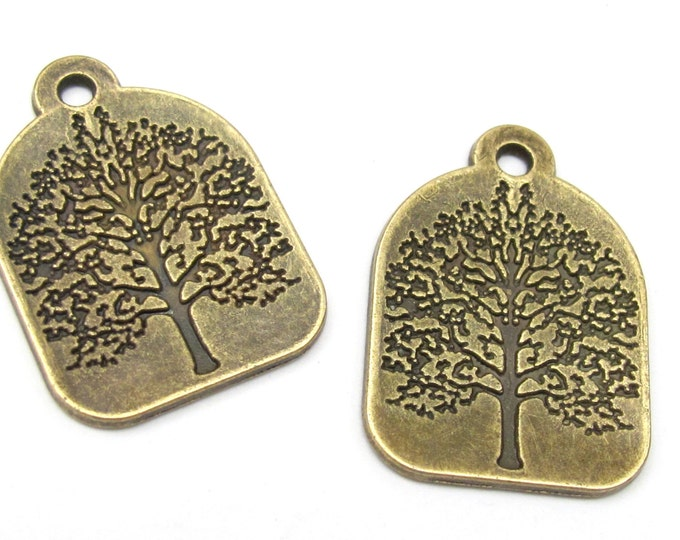 4 pieces - Antiqued Brass tone Tree of life charm pendants 31mm x 22mm - CM021