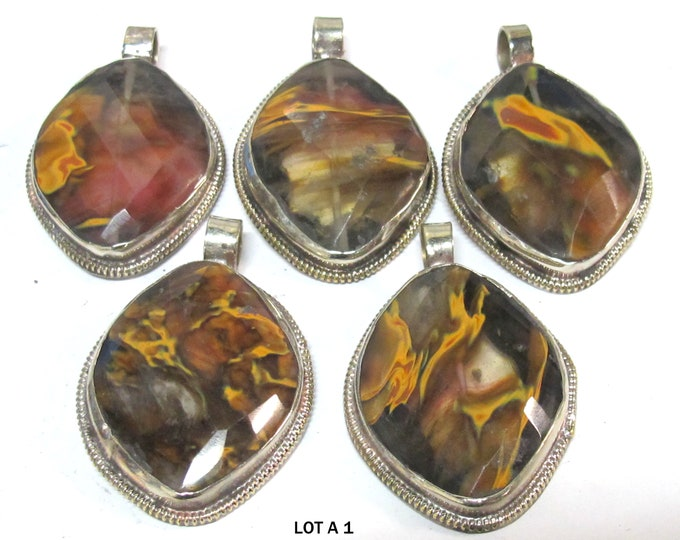 1 pendant - Ethnic Nepal Himalayan quartz tigers eye faceted pendant - PM001AG