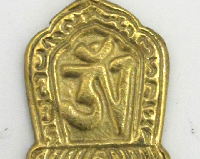 1 pendant - Beautiful Tibetan Om Brass pendant from Nepal - CP067