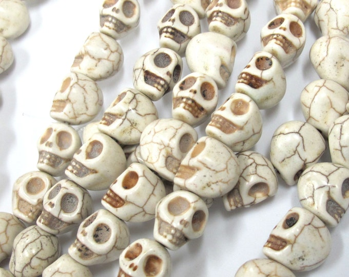 10 Beads - 14 mm x 12 mm White Howlite turquoise skull beads - GM412