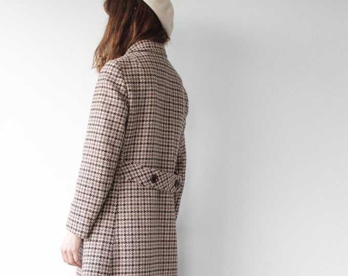 Vintage Houndstooth Town & Country Midi Coat