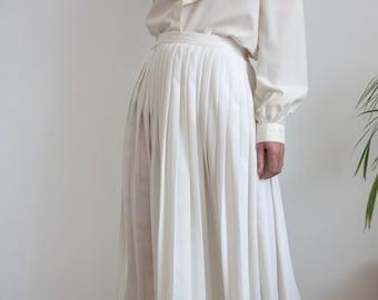 Cream Pleated 80's Skirt