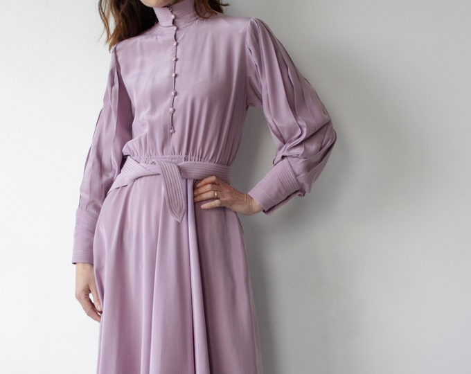 Featured listing image: Vintage All Silk Lilac Puccini Boho 70s Dress