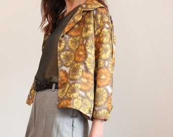 Vintage Gold Floral Print 1950's Short Silk Blouse / Jacket