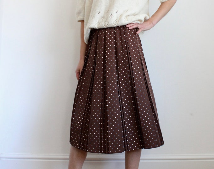 Featured listing image: Pretty Brown Polkadot Pleated Skirt