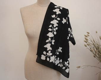 Black and White Scarf by EVA
