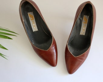 Italian Leather Tan Heels Size 35