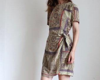 Liz Claiborne Silk Relic Print Tie Short Wrap Dress
