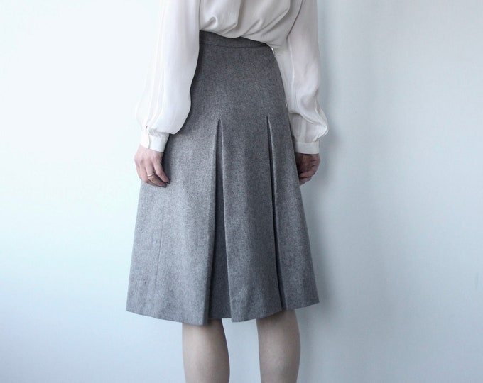 Vintage 70s Jaeger All Wool Box Kick Pleat Skirt