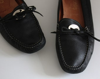 Russell & Bromley Black Leather Moccasin Flats