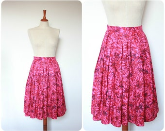 Hot Pink 1960's Petite Daisy Floral Skirt Size UK 4-6