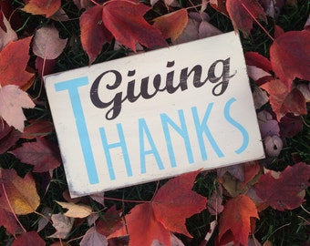 Giving Thanks Thanksgiving Heavily Distressed Typography Word Art Sign small in Vintage Style