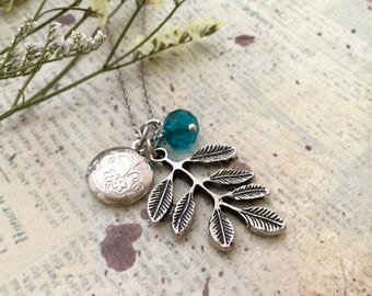Floral Oval Locket Necklace, Leaves Necklace, Initial Necklace, Bridesmaid Gift, Locket Necklace, Gift Ideas, Handmade Necklace