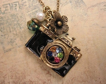 Camera Necklace, Camera Pendant, Friendship Necklace, Vintage Camera Necklace, Flower Charm, Charm Necklace, Gift Ideas