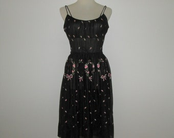 Vintage 1950s Black Floral Nightgown With Pink Embroidered Flowers - Eyeful By The Flaums - Size 34