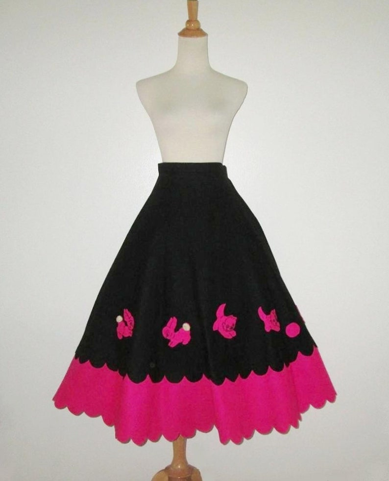 390a3cf2955 Vintage 1950s Felt Novelty Skirt With Animal Applique Design