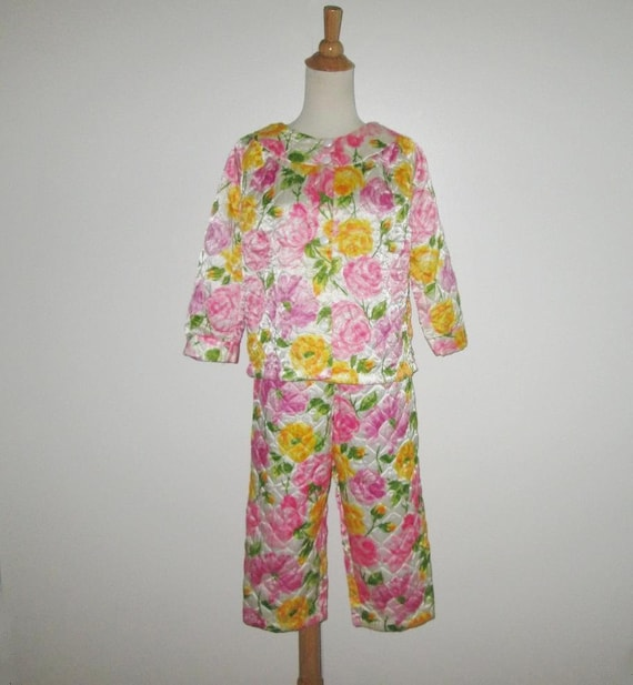 Vintage 1950s 1960s Floral Quilted Pajamas By Mode