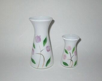 Vintage 1950s Vase / 50s Floral Vase / 50s White Vase With Purple Tulip Design  - Two