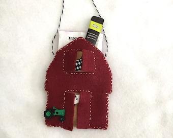 Felt Barn Ornament-Gift Card Holder-Heirloom Ornament-Handmade Holiday Gifts-Homesteader Gift-Personalized Gift-Rustic Barn Ornament