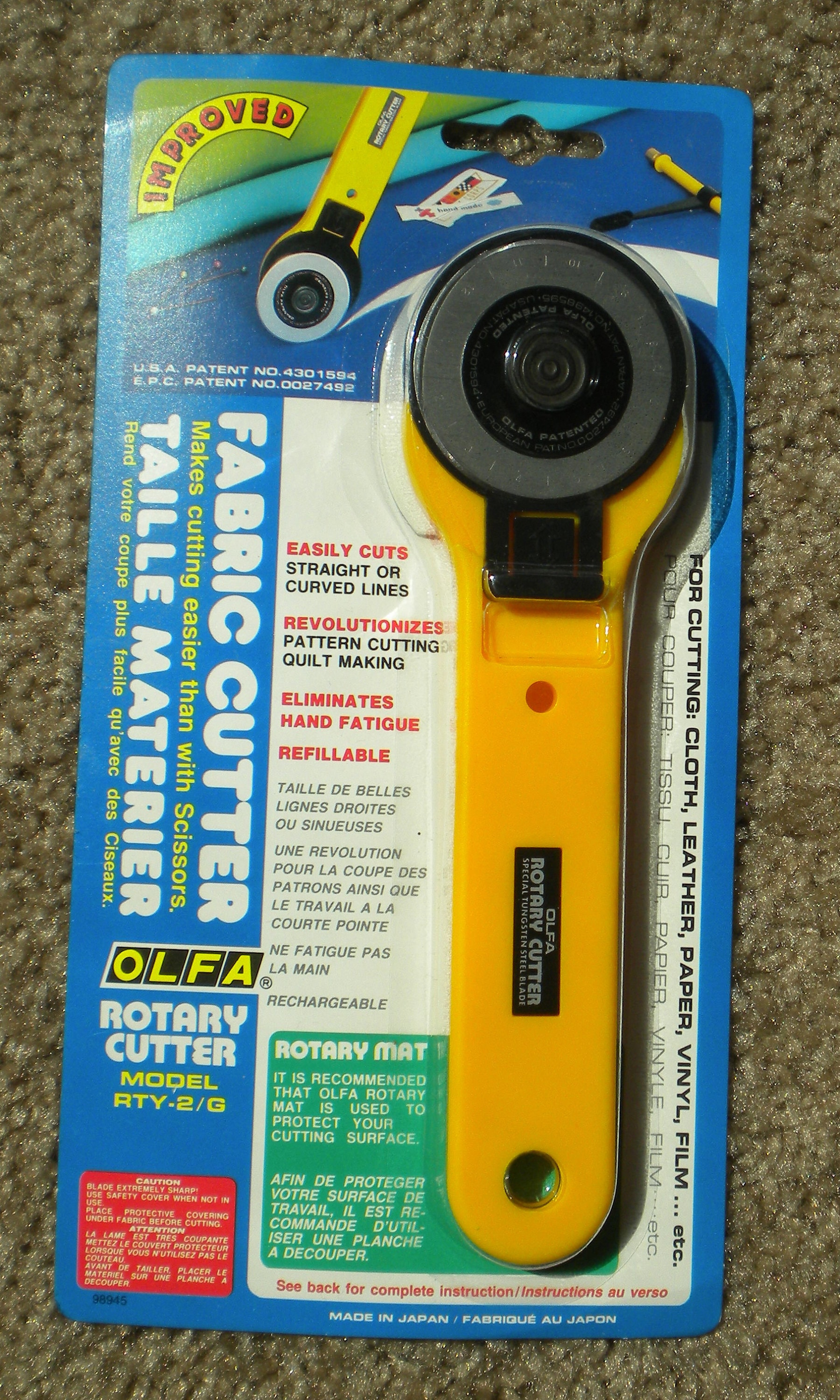 Yellow ROTARY CUTTER for use with 45mm Blades 11 blades US SELLER