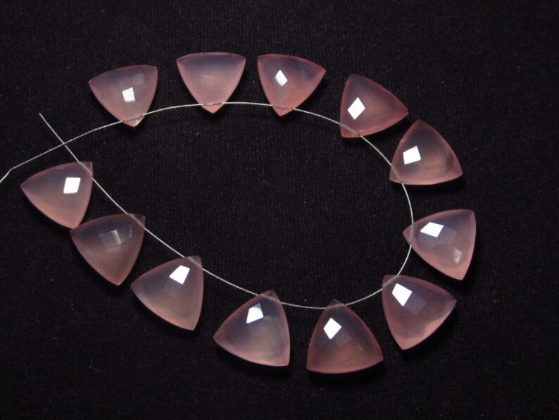 Faceted Trillion Shape   Briolett Sparkle 5 Matched Pairs Calibrated size 14x14 mm Gorgeous Pink Rose CHALCEDONY