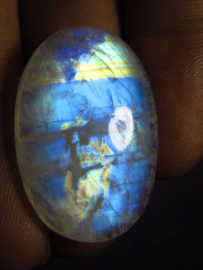 High Quality Gorgeous Rainbow Fire Strong Flash Oval shape Cabochon Rainbow Moonstone 19x28 mm Huge Size