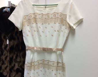 Vintage White Embroidered Dress 50s 60s L 38 Bust
