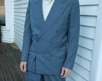 30ae78b7e6e283 40s Mens Suit Gray Double Breasted Vintage 1940s 50s 1950s