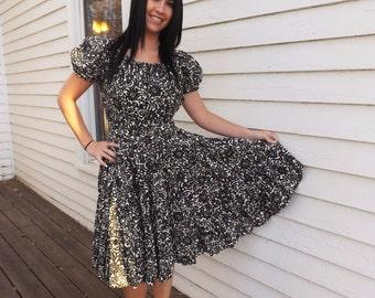 Black White Floral Dress Vintage Rockabilly Print Pinup Circle Full Skirt S M