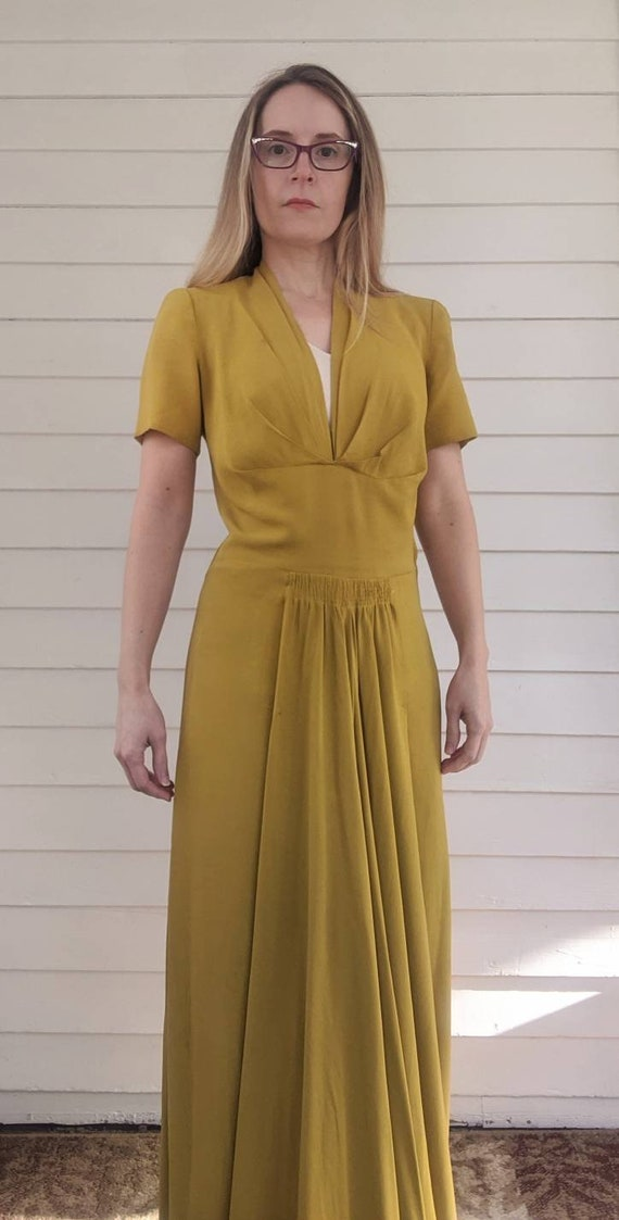 40s Pear Long Chartreuse Gown Party Dress Vintage