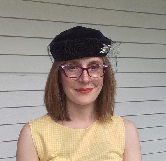 Dark Blue Velvet Veil Hat Vintage 50s 1950s - image 2