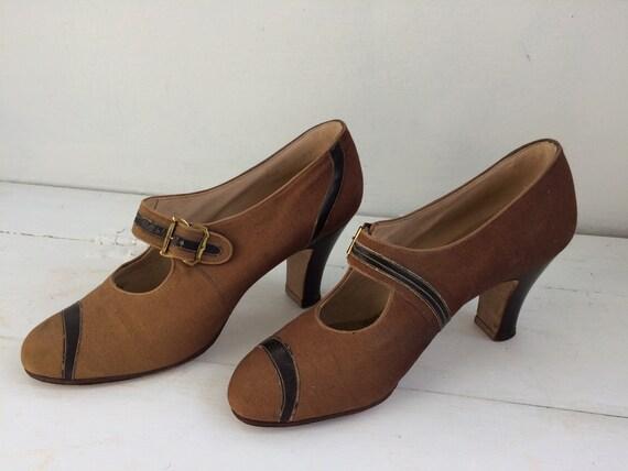 Vintage 30s Shoes Heels Brown Neutral 6 1930s Lady