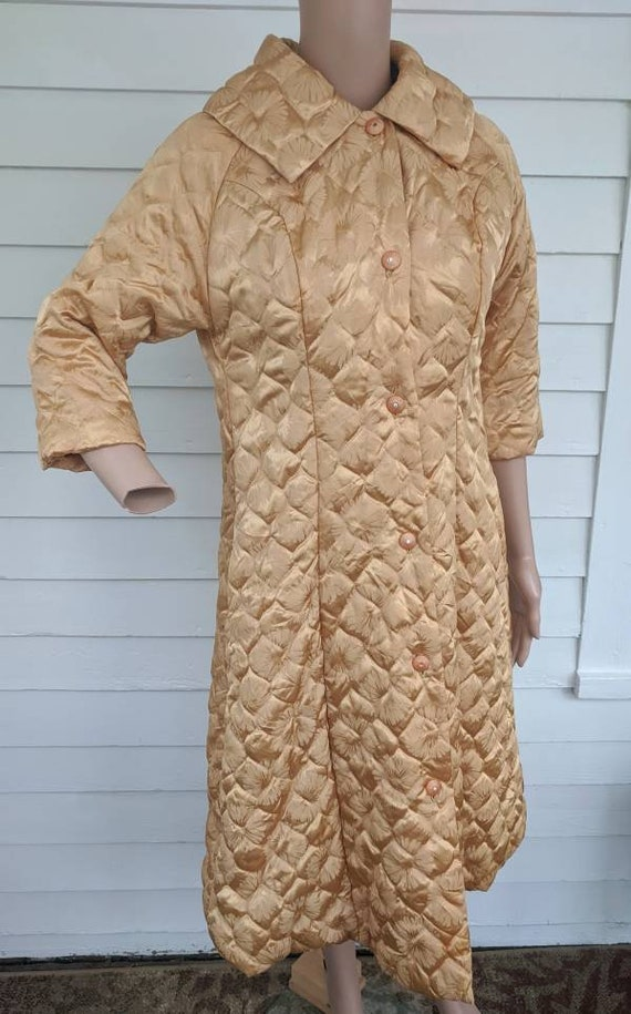 Quilted Gold Robe Bedjacket Dressing Gown 60s Vin… - image 6