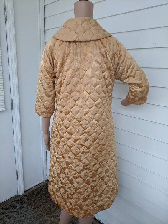 Quilted Gold Robe Bedjacket Dressing Gown 60s Vin… - image 9