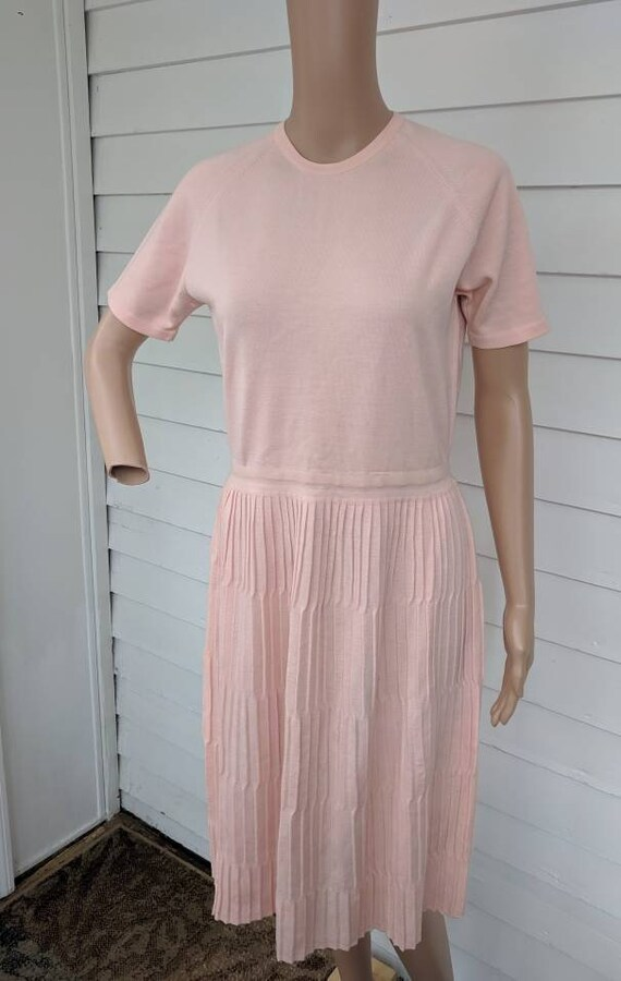Pale Salmon Pink Dress Retro Knit Wool Short Sleev