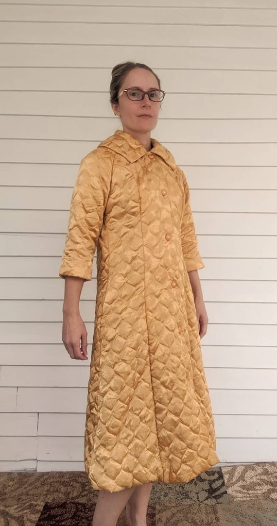 Quilted Gold Robe Bedjacket Dressing Gown 60s Vin… - image 3