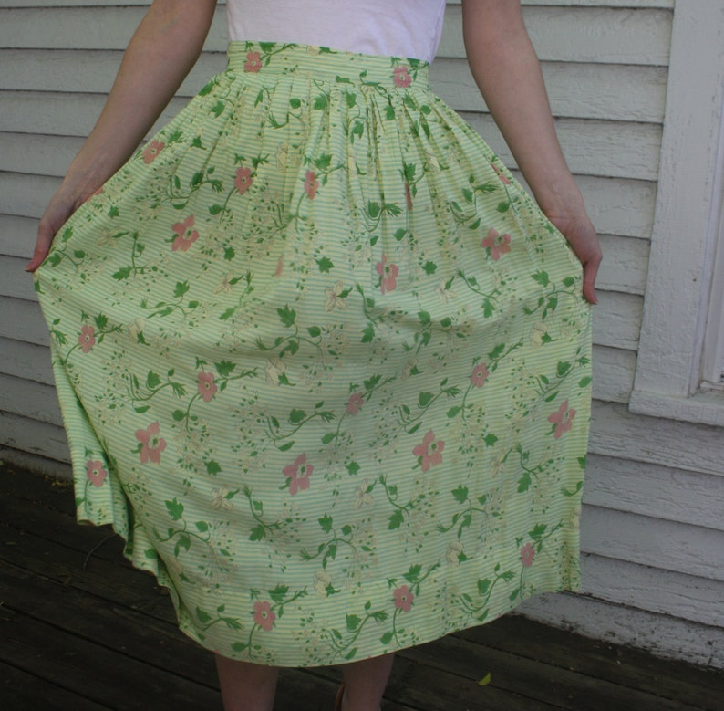 40s Green Print Skirt Floral Striped Side Button Full Vintage S