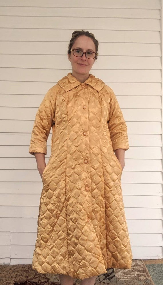 Quilted Gold Robe Bedjacket Dressing Gown 60s Vint