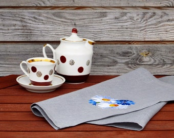 Natural Linen Tea Towel, Embroidered Floral handtowel, Handmade, Grey, 100% Pure Linen Guest Towel, eco-friendly Gift
