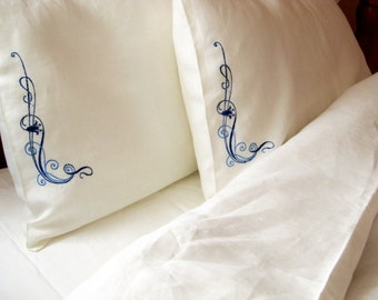 Natural 100% Linen Bedding Set 4 pcs, QUEEN SIZE Bed Linen, Double Bedding, Duvet Cover, Sheet, 2 Pillowcases, White with Blue Embroidery