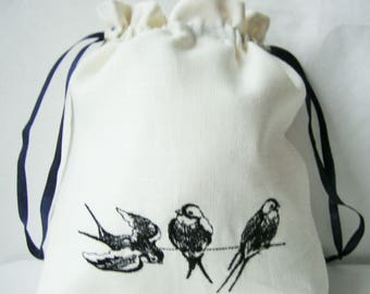 Linen Girl Handbag, Embroidered Wedding Sachet, Small Handmade Swallow Bag, White, Rustic Party Bag