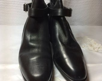 Black Leather Naturalizer  Ankle Boots