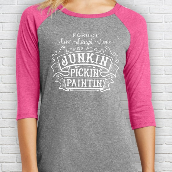 Chalk painter Junkin/' Pickin/' Paintin/' Ladies Sweatshirt wide neck sweatshirt Flea Market Shirt Vintage Market Furniture Fixer-Upper